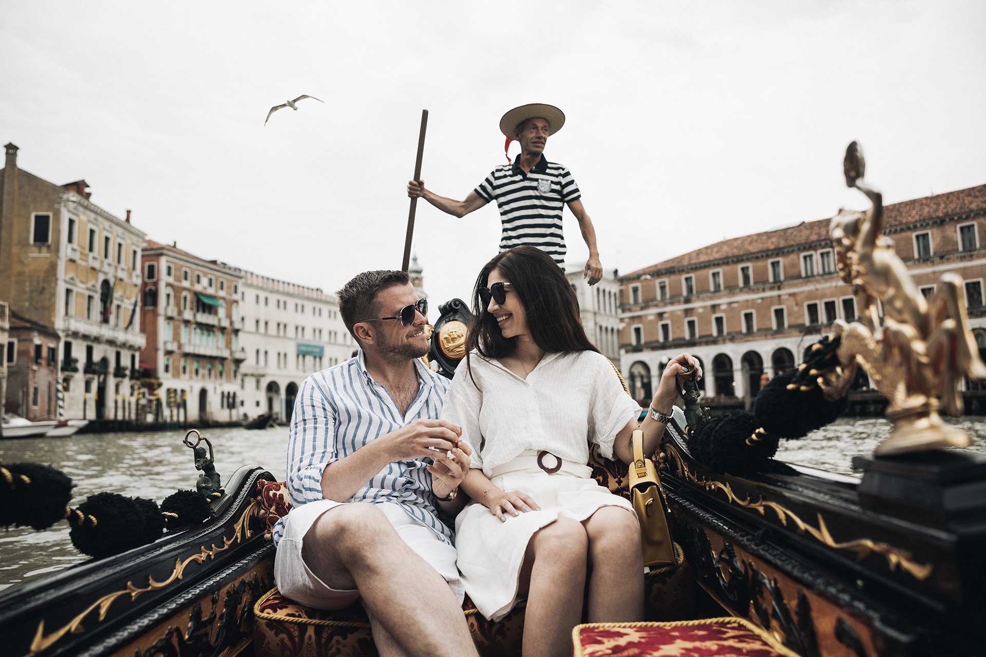 elopement venice-lovestory-love-storie-destination-wedding-photographer-italy-wedding-loveandlights-02